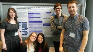 De gauche à droite : Julie Rivard, Emmy Bernier, Lavina Yu, Hugo Schérer et Guillaume Duchesne-Côté, au Rendez-Vous de la recherche 2015.